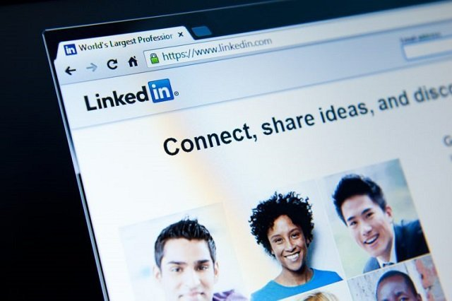 Conecta con LinkedIn